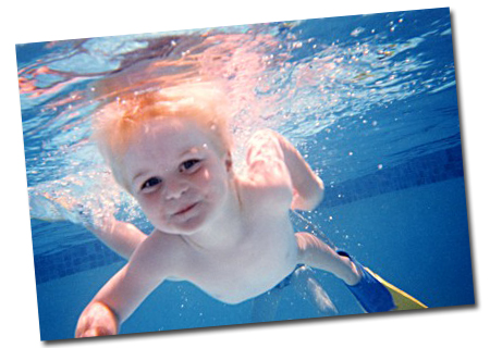Children_swimming_lesson