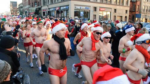 Santa_Speedo_run