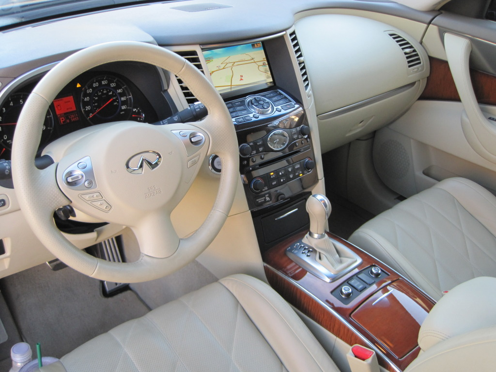 Reviewed 2010 infiniti fx35 can you drive an infiniti for img1913 vanachro Image collections