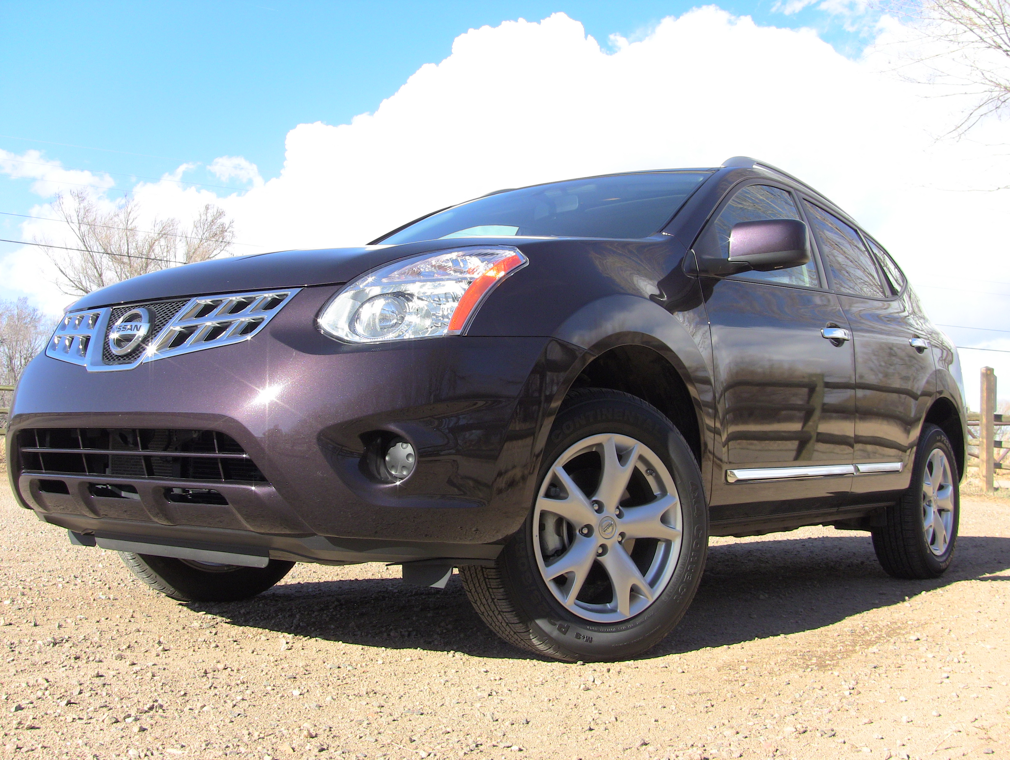 Hereu0027s What You Should Know About The 2011 Nissan Rogue Even Before You  Watch The Rogue Review. The Small Crossover Is A Rogue In Name Only.