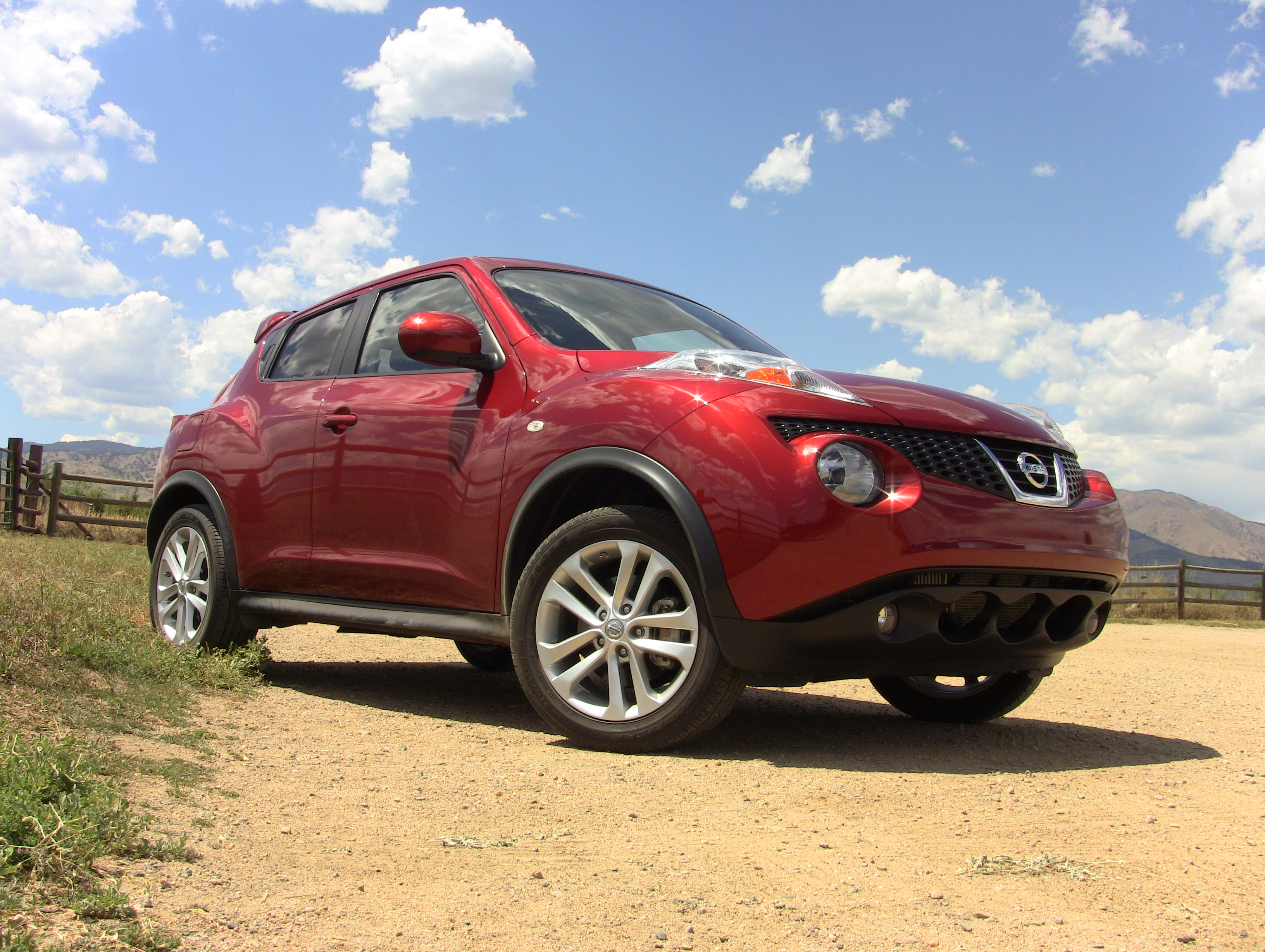 Video review: Is the Nissan Juke the cutest or ugliest new car in ...