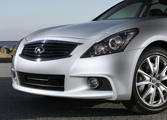 Review The 2011 Infiniti G37 Sedan Kicks Sand In The Face Of The