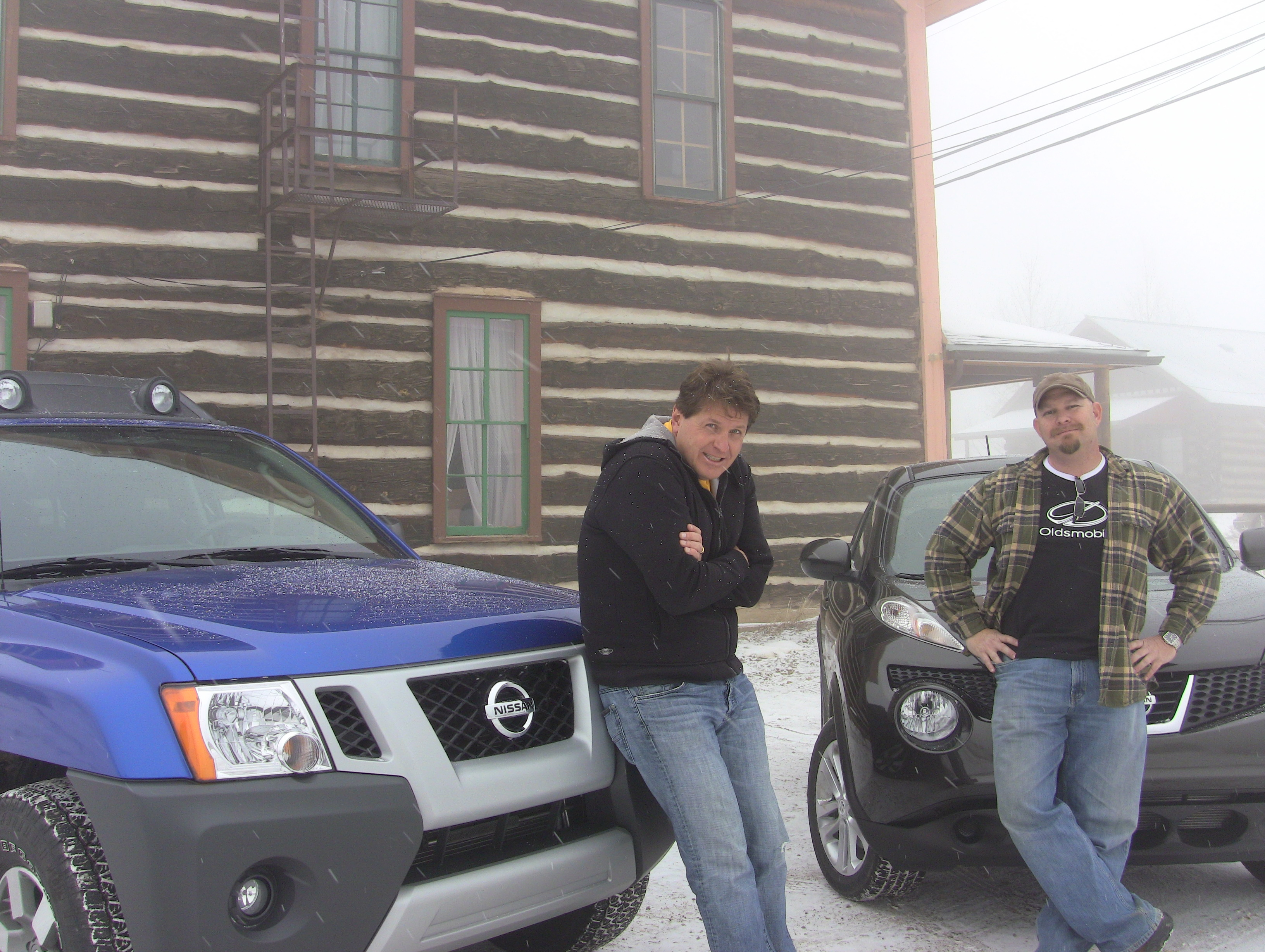 2012 nissan xterra vs juke mashup video review which is the most the 2012 nissan juke and the 2012 nissan xterra both have all wheel drive so they are very good cars to drive when the snow starts falling in the mountains vanachro Choice Image