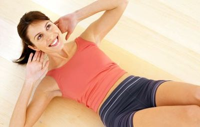 Woman-exercise-situps-abs425wy101509-1256063397