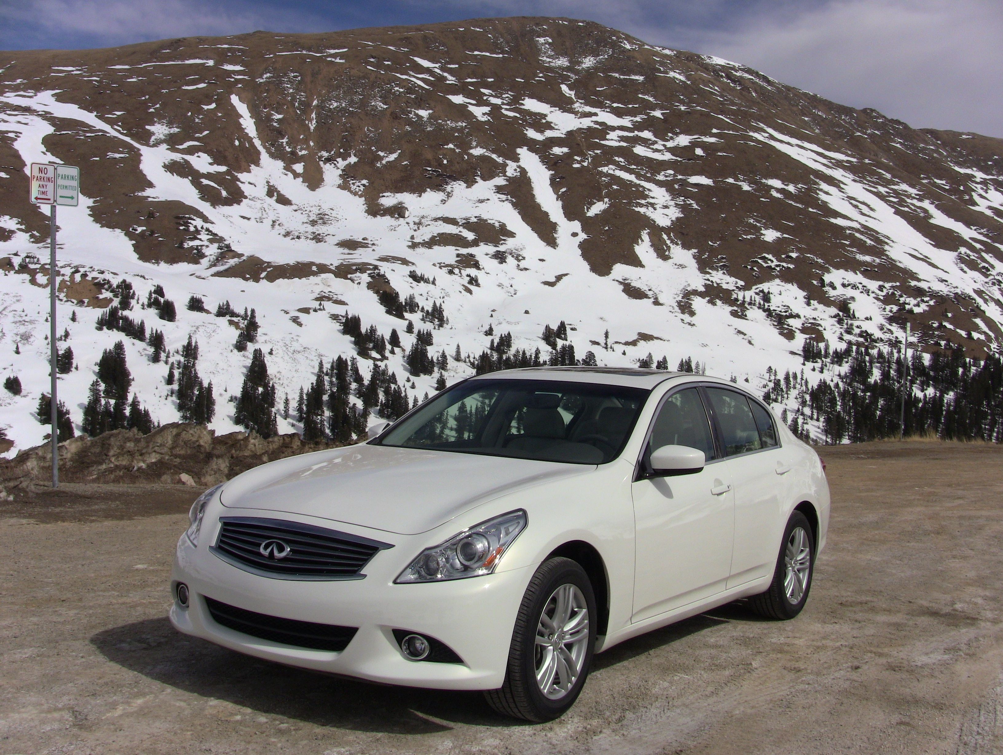 The 2017 Infiniti G25x Drive Could Be Perfect Colorado Car With All Weather Wheel And Plenty Of Room For Skiers Their Gear