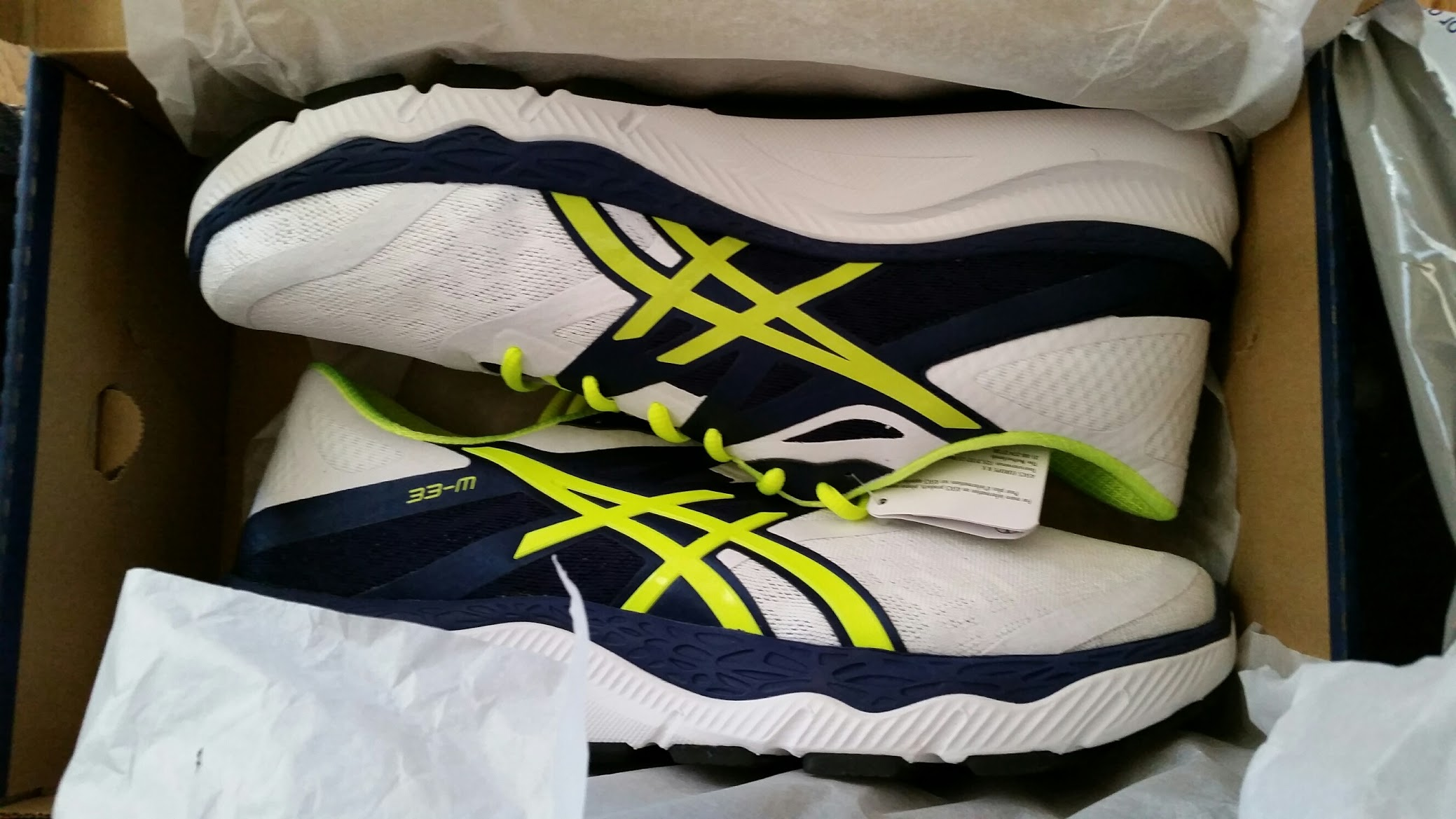 asics shoes 33 millimeters equals how many inches in a meter 646